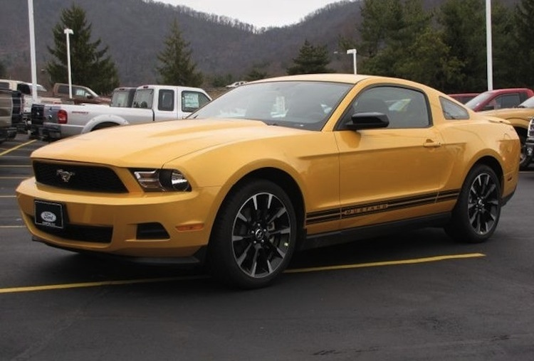 yellow blaze 2012 ford mustang coupe photo detail. Black Bedroom Furniture Sets. Home Design Ideas