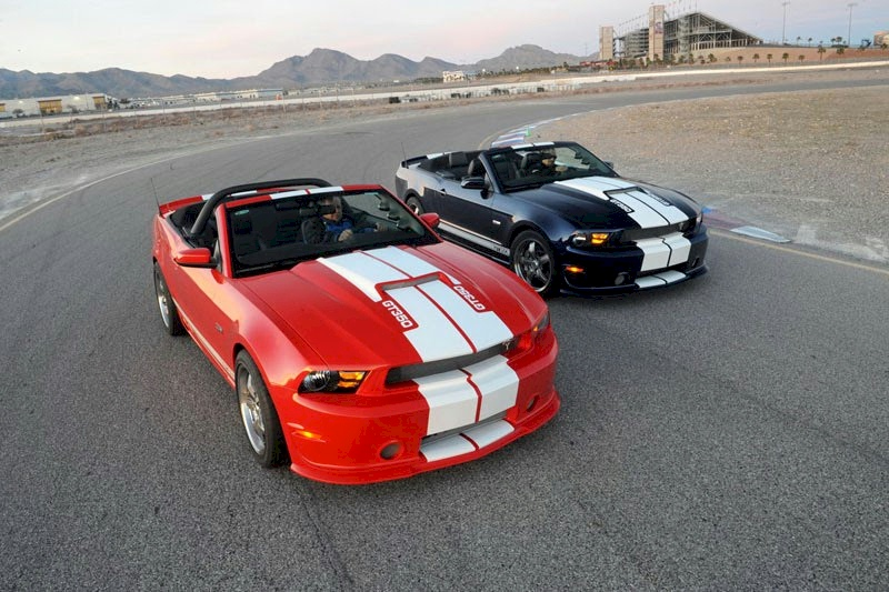 Two new GT-350 colors for 2012