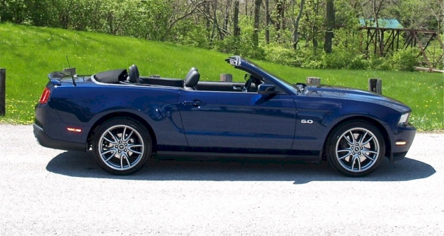 kona blue 2012 ford mustang gt convertible. Black Bedroom Furniture Sets. Home Design Ideas