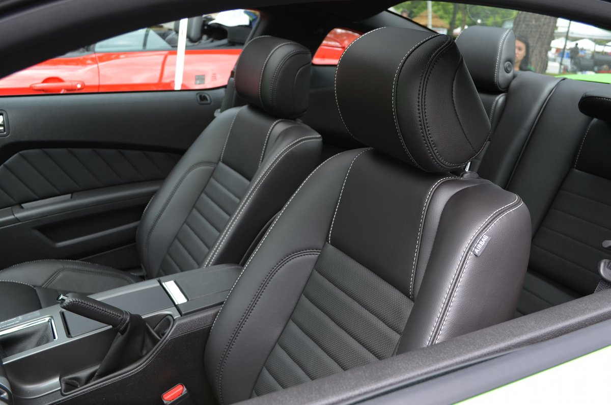 Interior 2013 Mustang GT coupe