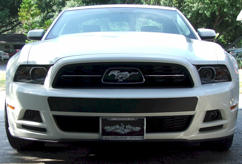 Performance White 2013 Mustang