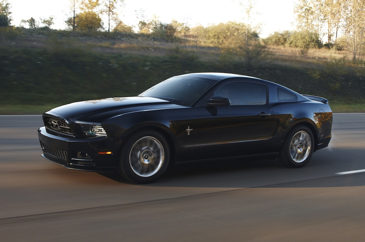 Black 2013 v6 pony package