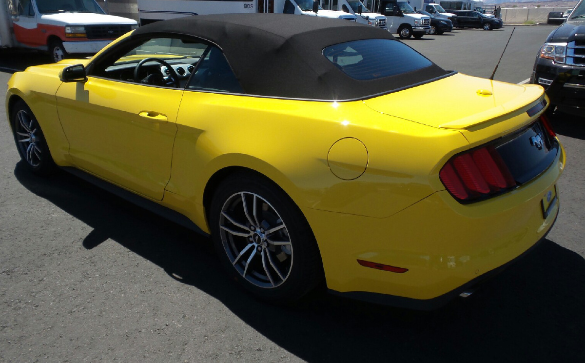triple yellow 2017 ford mustang ecoboost convertible photo detail. Black Bedroom Furniture Sets. Home Design Ideas