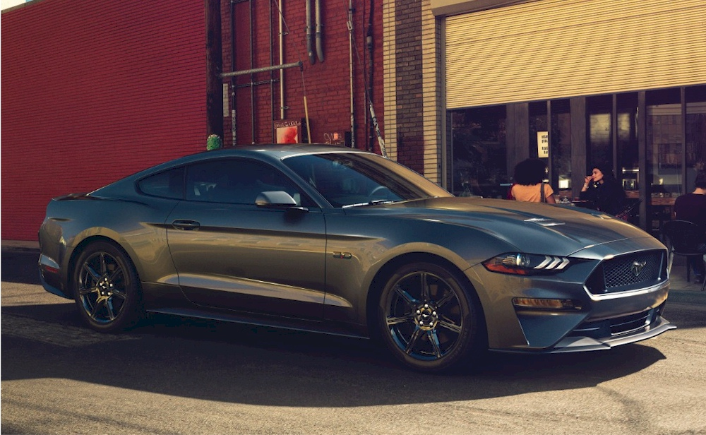 Magnetic 2018 Ford Mustang